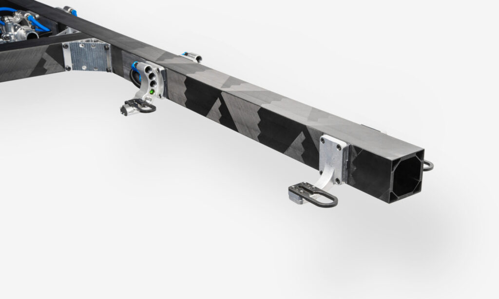 Composite connected beam used for T-boom